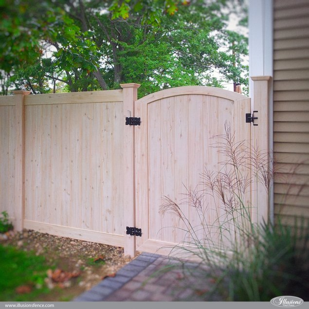pvc vinyl wood grain fence walk gate eastern white cedar from illusions fence