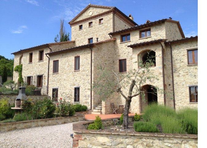 Italian villa for auction at the WNCAP Raise Your Hand Gala