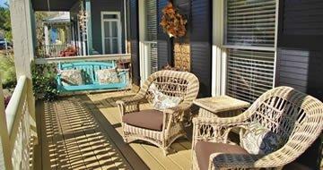 Pensacola, FL distinctive styles