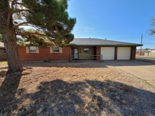 Beautifully updated with an amazing kitchen and family room!