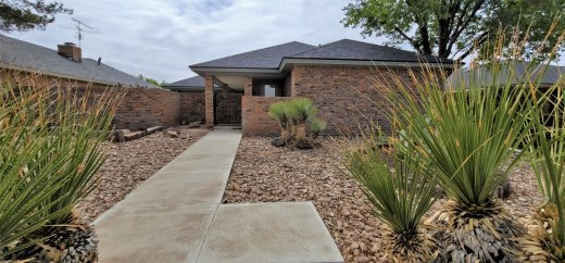 Gorgeous, remodeled low maintenance home in a desirable neighborhood!